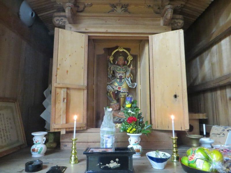 神明神社の毘沙門天